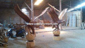 Patung Garuda Ukiran Jepara