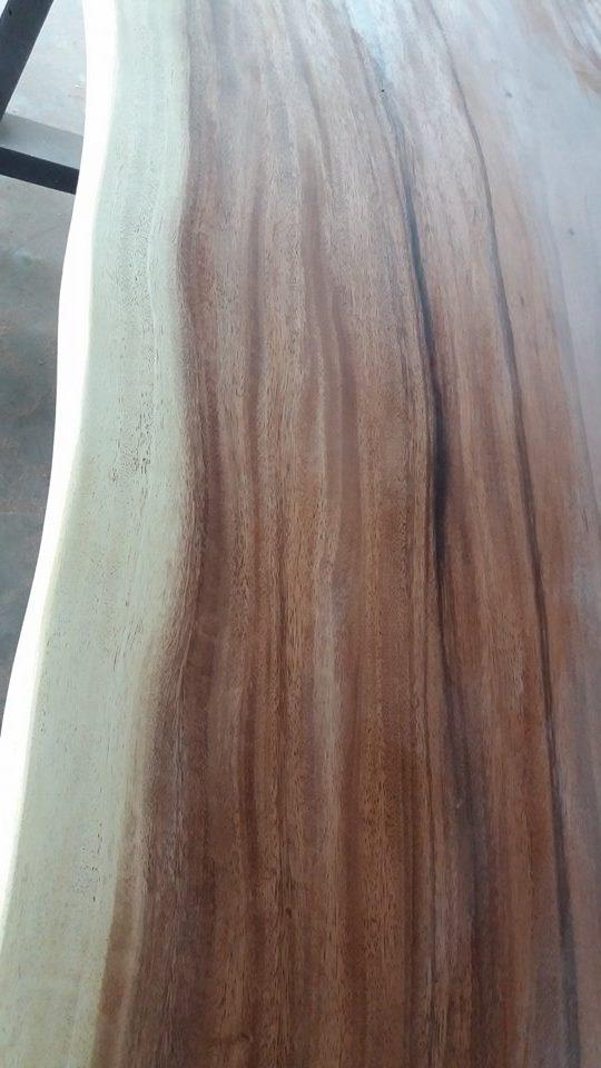 tekstur dan corak kayu meh