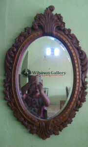 Cermin Jati Ukiran Antik